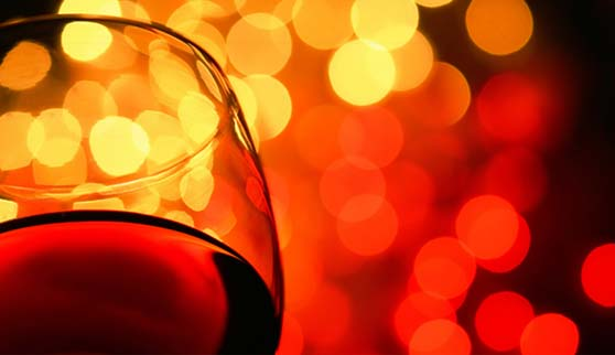 Red-wine-glass-closeup